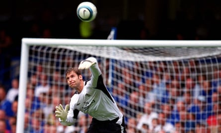 Petr Cech on his Chelsea debut against Manchester United in 2004