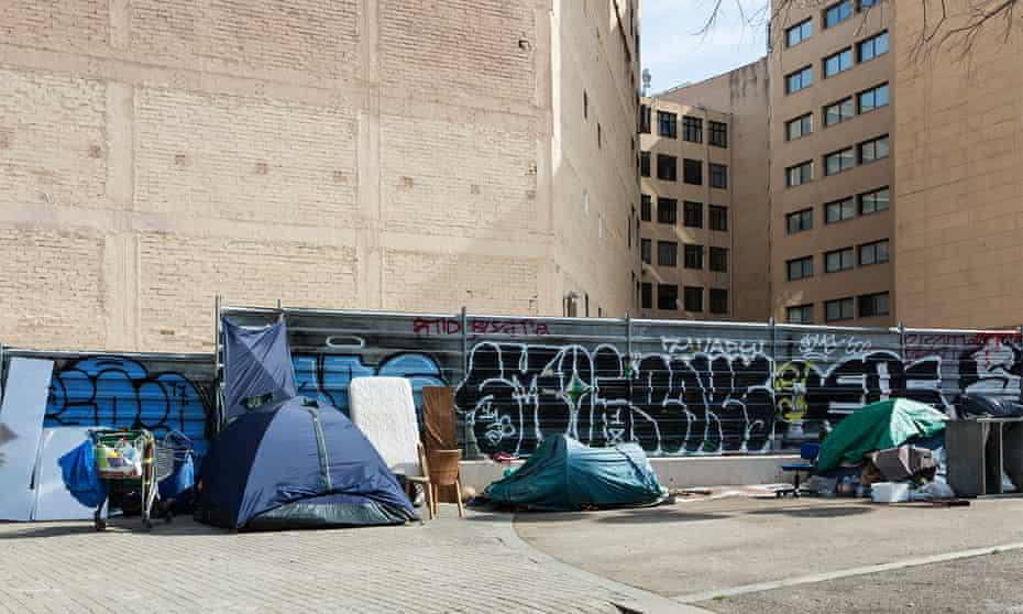 Chatarreros' tents in Barcelona.