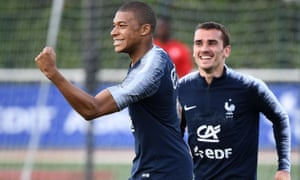 Kylian Mbappé, left, and Antoine Griezmann are only two of several high-profile forwards in Didider Deschamps squad.