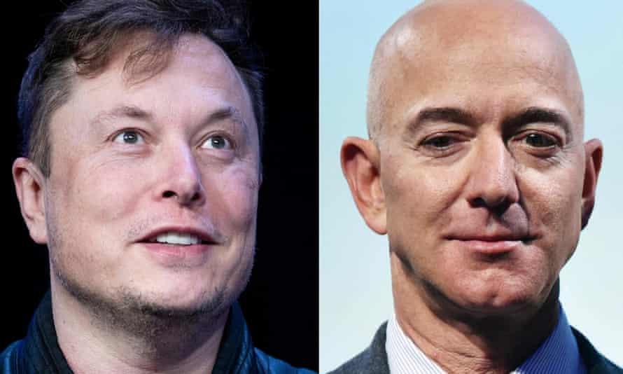 Gambar gabungan Elon Musk dan Jeff Bezos