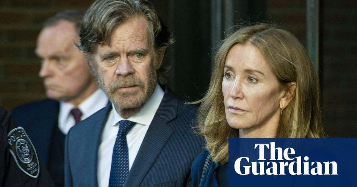 Felicity Huffman Released Early From 14 Day Prison Sentence
