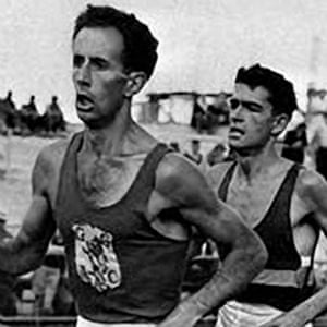 John Landy (left) and Ron Clarke during competition at the 1956 Melbourne Olympics.