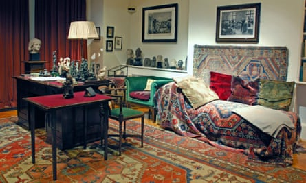 Freud's couch in his consulting room, Hampstead, London.