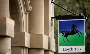 Lloyds plan to cut branches.