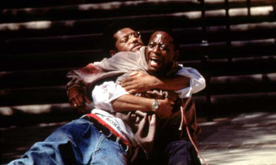 Omar Epps and Laurence Fishburne in Higher Learning.