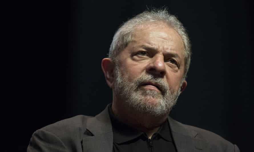 A federal court judge announced that there was sufficient evidence to begin criminal proceedings against Lula da Silva and six other suspects.