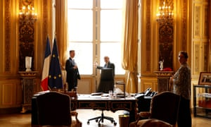 Jeremy Hunt (left) with Jean Yves Le Drian at the Quai d'Orsay