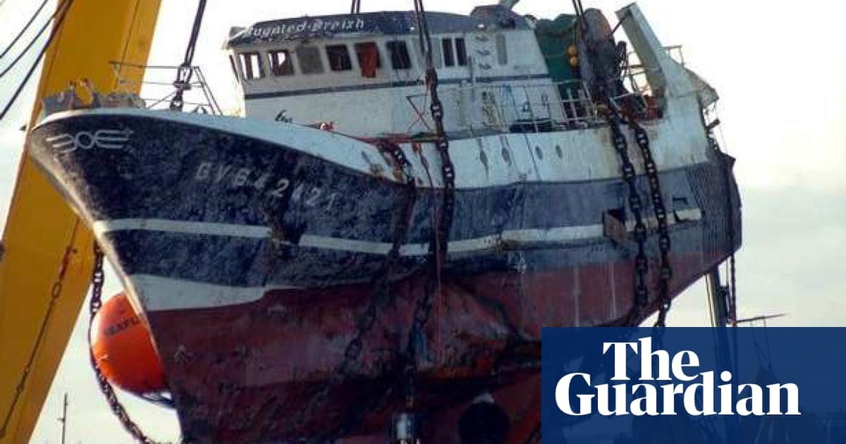 Navy officers deny a submarine sank fishing boat 17 years ago