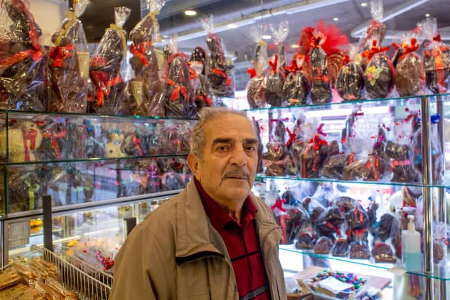 Fehmi Yıldıran at his bakery