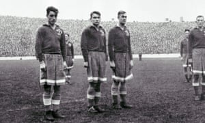 Vsevolod Bobrov, left, lines up for Dynamo Moscow