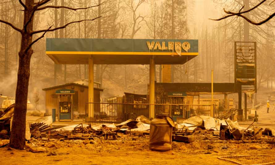 A burned Valero gas station smolders during the Creek fire in an unincorporated area of Fresno County, California on Tuesday.