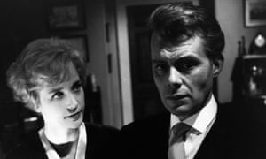 Sylvia Syms and Dirk Bogarde in Victim