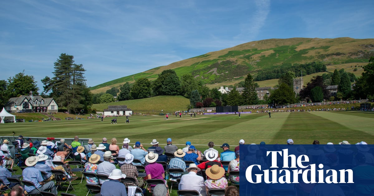 In a momentous week for domestic cricket, one match stood out | Gary Naylor