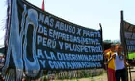 Banner denouncing Pluspetrol in the Saramurillo indigenous community in October 2016.
