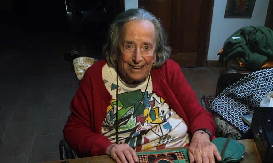 Artist Elisabeth Wild in Guatemala.