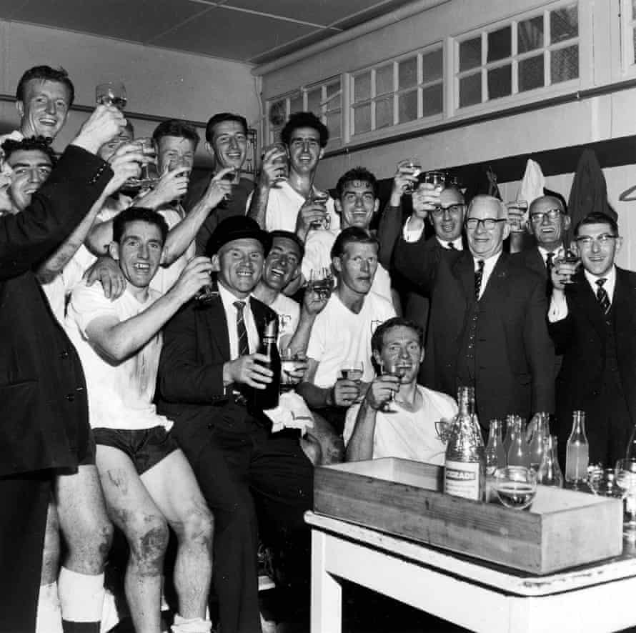 Tottenham celebrate after winning the first division in 1961