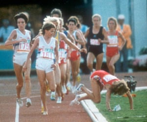 Mary Decker falls over in the women's 3,000m final at the 1984 Olympic Games in Los Angeles