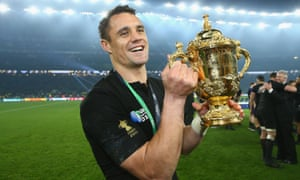 Dan Carter with the World Cup in 2015