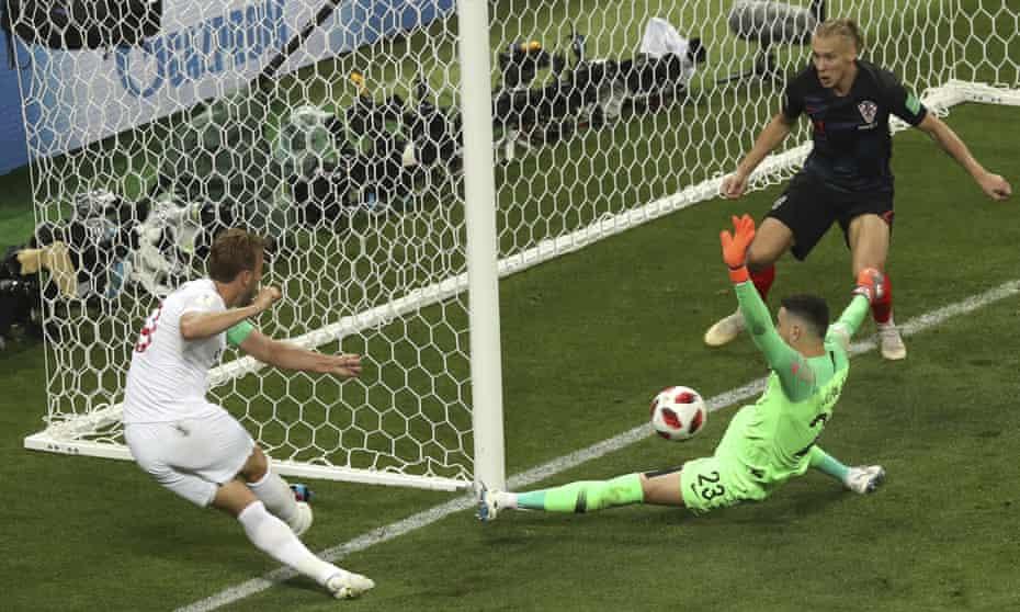 Danijel Subasic saves Harry Kane's shot in the 2018 World Cup semi-final.