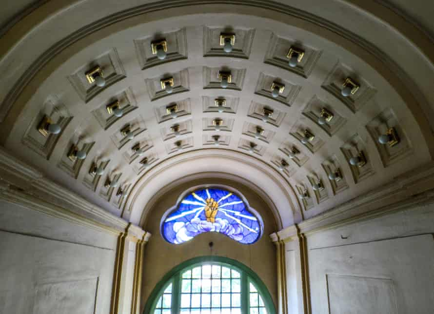 A stained glass window over E-Werk's main entrance.