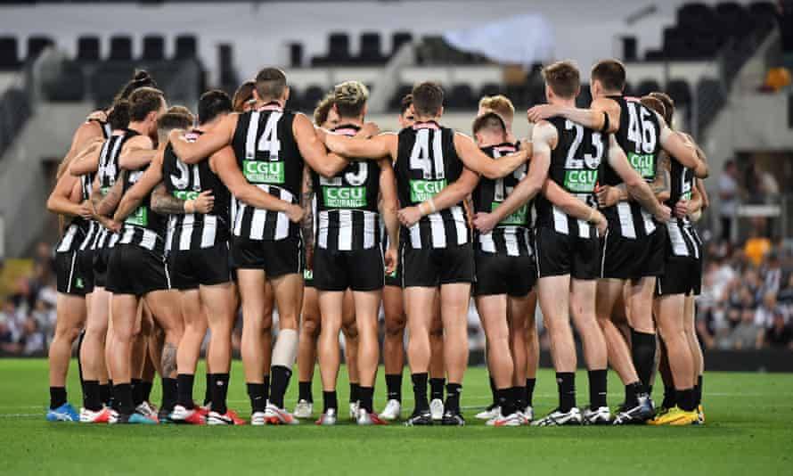 Collingwood players say they will 'confront the history of our club in order to learn, heal and determine how best to walk forward together'.