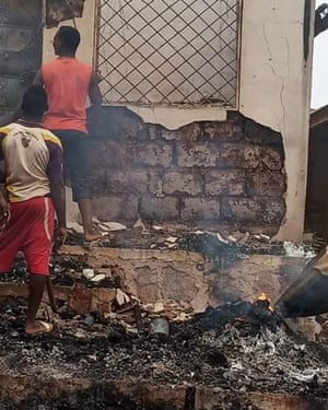 Cameroonian soldiers were accused of burning down houses in Mankon, in the north-west region, on Wednesday 15 May.