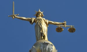 Lady Justice statue atop the Old Bailey