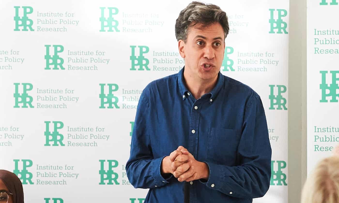 Ed Miliband calls for 'wartime' mobilisation to tackle climate crisis