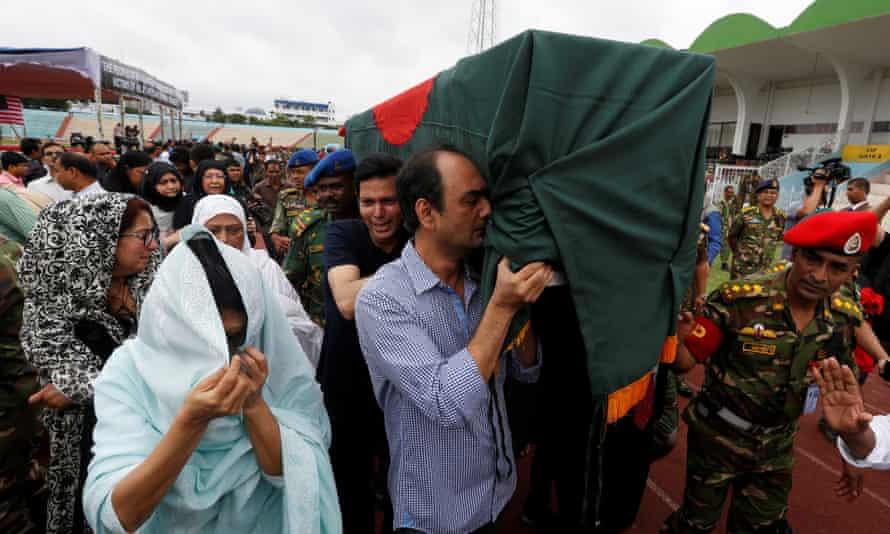 Bangladesh mourners