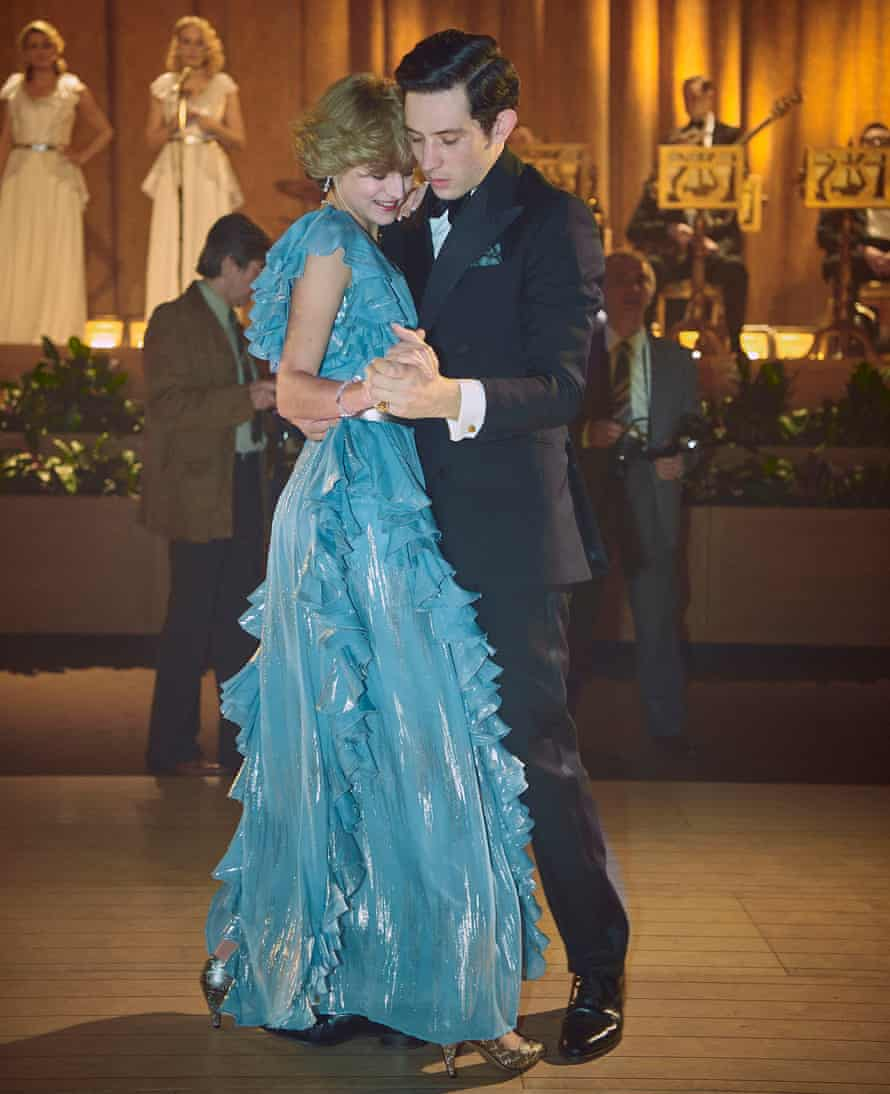 Emma Corrin as Diana and Josh O'Connor as Prince Charles, dancing in The Crown