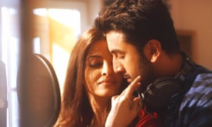 Aishwarya Rai Bachchan and Ranbir Kapoor in Ae Dil Hai Mushkil.