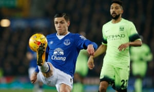 Everton's Muhamed Besic puts his best foot forward against Manchester City.