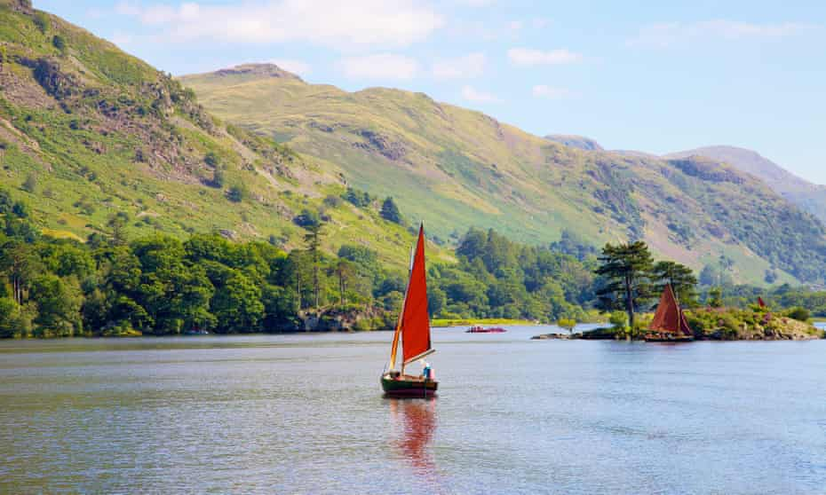 small sailing boat by Wall Holm island, Ullswater