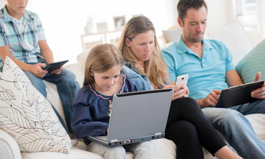 Parents must take breaks from their devices so that children get care they need.