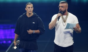 German rappers Kollegah and Farid Bang's lyrics have been criticised by Jewish groups.