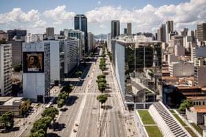 Empty streets in Rio Centro