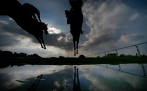 Wincanton, England: Jack Sherwood riding Present Man