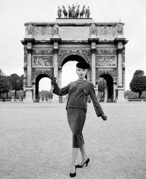 Givenchy Haute Couture, Arc de Triumph, Paris, 1950
