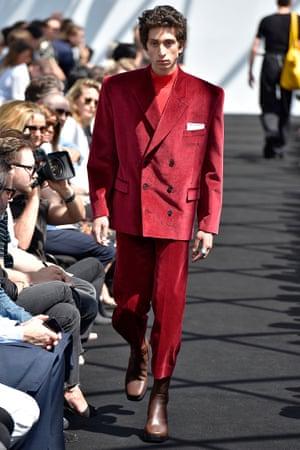 Balenciaga S/S 2017 suit