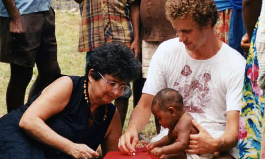 Lilly Dubowitz, left, carrying out a neonatal assessment in Papua New Guinea.