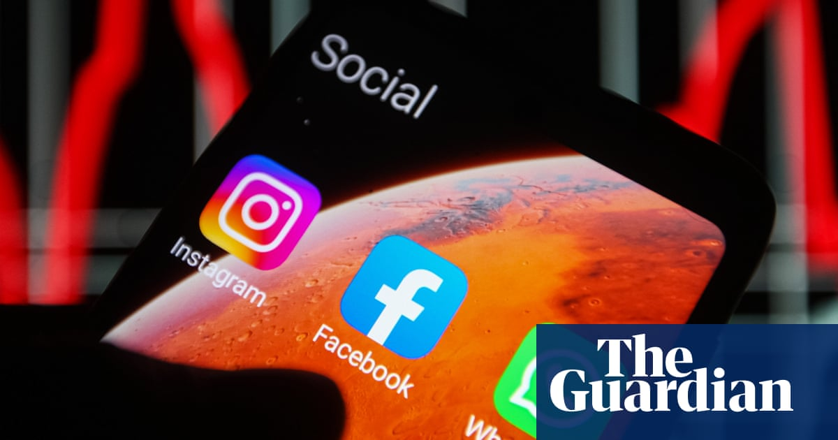 Facebook and Instagram says issues now fixed after second outage in a week