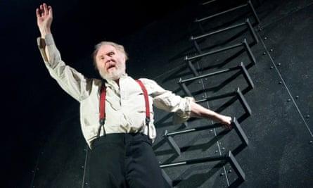 Tim Pigott-Smith as King Lear