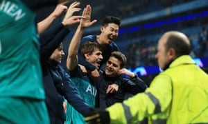 Tottenham Hotspur boss Mauricio Pochettino celebrates after the final whistle.