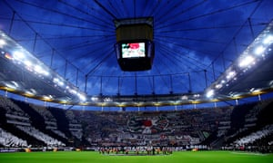 A look at the tifo of the fans of Eintracht Frankfurt.