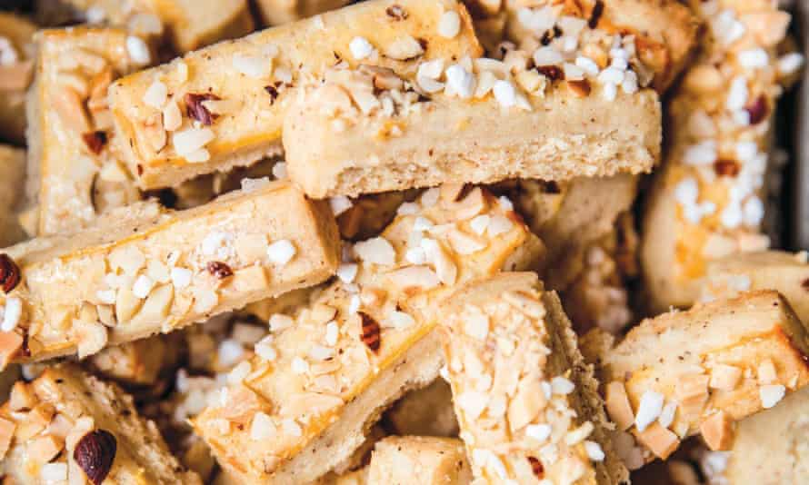 Hazelnut-almond batons