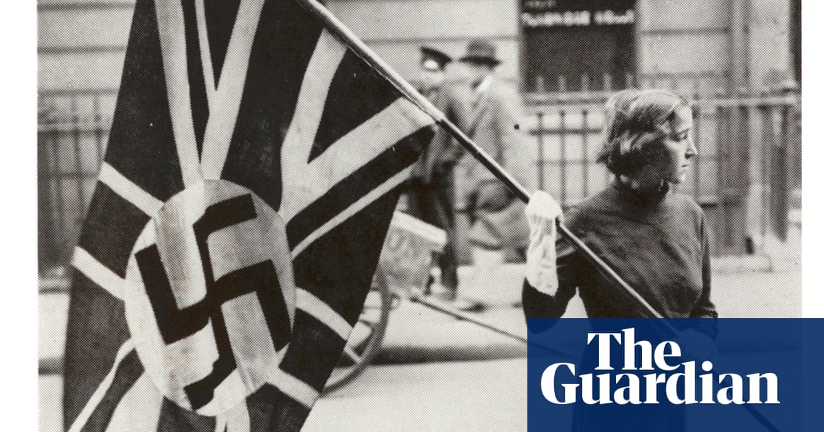 Far-right Covid conspiracy theories fuelling antisemitism, warn UK experts