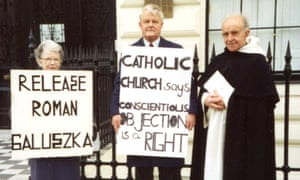 Peggy Attlee with Bruce Kent, centre, and Father Alan Cheales protesting outside the Polish embassy in 1992