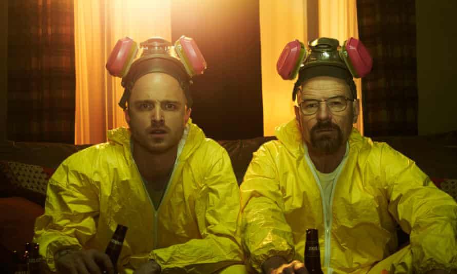 Jesse Pinkman (Aaron Paul) and Walter White (Bryan Cranston) - Breaking Bad _Season 5 - Photo Credit: Frank Ockenfels/AMC
