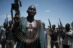 Young Nuer militia with guns