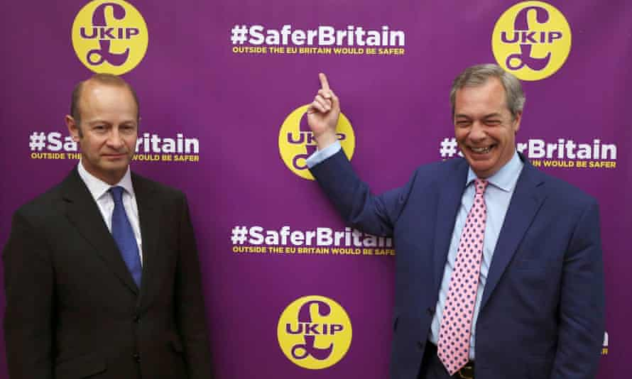 Henry Bolton and Nigel Farage in 2016.